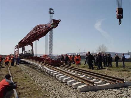 Азербайджан активно финансирует работы по БТК
