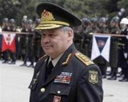Глава Минобороны Азербайджана задержался в Москве