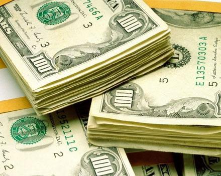 Снижения популярности американского доллара не ожидается
