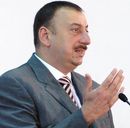 Баку устал, а Ереван готов еще долго ждать
