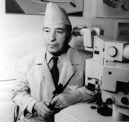 Он заложил основы микрохирургии глаза в Азербайджане