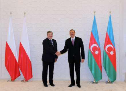 Президент Польши впервые посетил Азербайджан