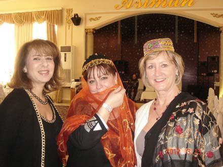 Новpуз объединил женщин