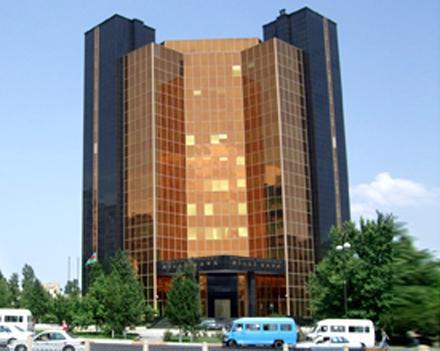 Иностранцев привлекает банковской сектор Азербайджана