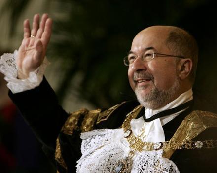 Мэр Лондонского Сити хочет помочь Азербайджану
